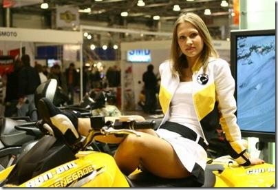 vajza-seksi-motorra (5)